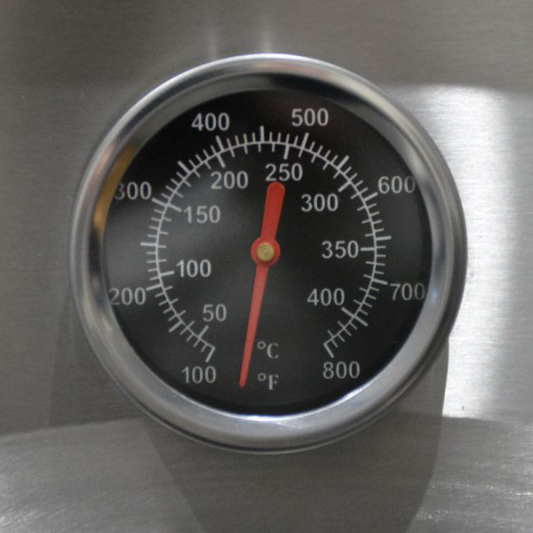 Integrated Thermometer Featured In The Smart Woodfired Pizza Oven